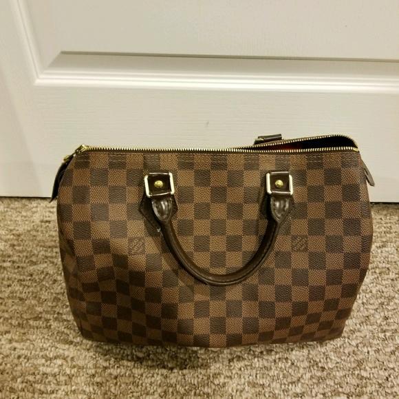 0a543e37a4c1 Louis Vuitton Handbags - Louis Vuitton Speedy 35 in Damier